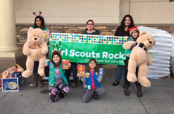 girl scouts and leaders