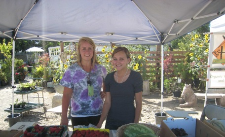 rwj food farmers market interns
